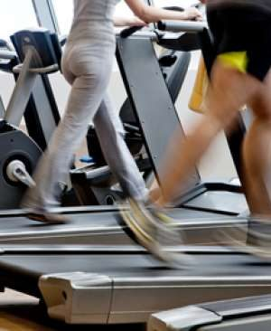 79235-olahraga-nge-gym-treadmill