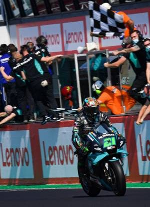 ketiban-durian-runtuh-morbidelli-juara-motogp-teruel-dzp