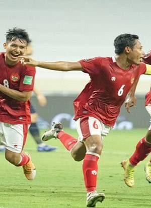 lewat-drama-4-gol-timnas-indonesia-tahan-imbang-thailand-uim